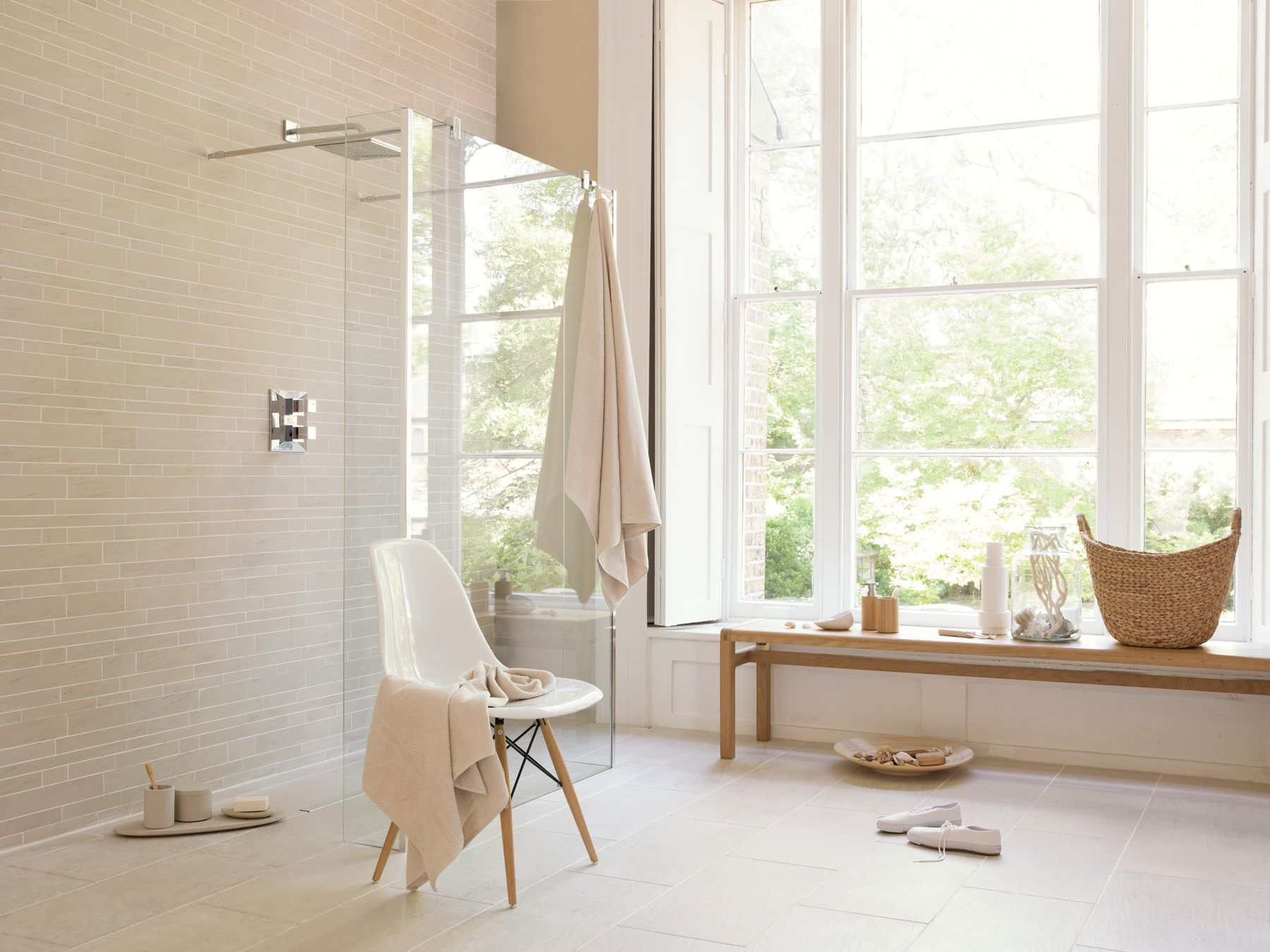 Contemporary-European-Wet-Room